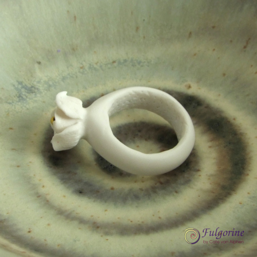 Polymer clay ring by Cate van Alphen